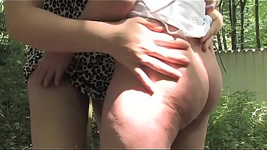 Free version - Erotic picnic in the woods turns into an amateur orgy