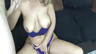Spex cougar wanking dick in POV action