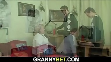 Huge grandma is picked up for cock suck and ride