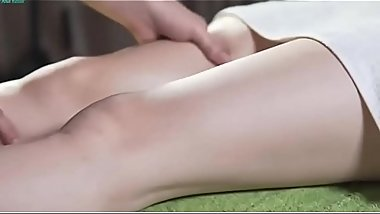 Asian Beautiful Girl Getting Oil Massage really amazing - hott9.com
