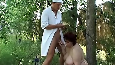 Handsome chef knows how to treat this bbw lady on the field